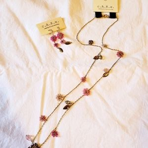 CAKE FLOWER NECKLACE AND EARRING SET